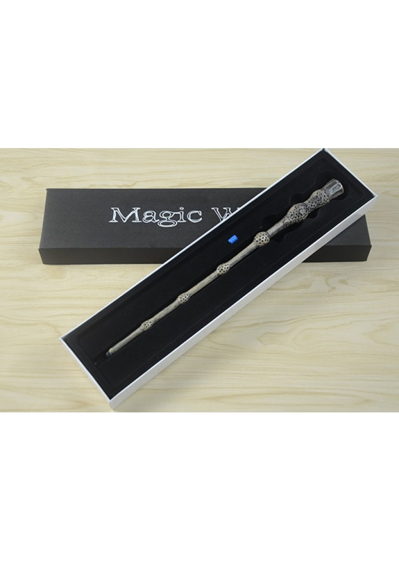 Волшебная палочка Альбуса Дамблдора со светом
