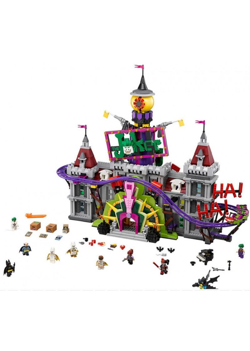 "Конструктор Бэтмен ""Поместье Джокера"" Lepin 07090 аналог Лего 70922"