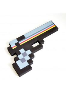 Черный пиксельный пистолет